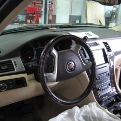 Установка видеорегистратора на Cadillac Escalade